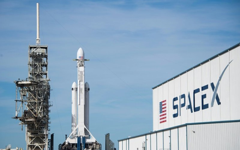 SpaceX's Valuation Jumps to About $74 Billion after Raising $850 Million