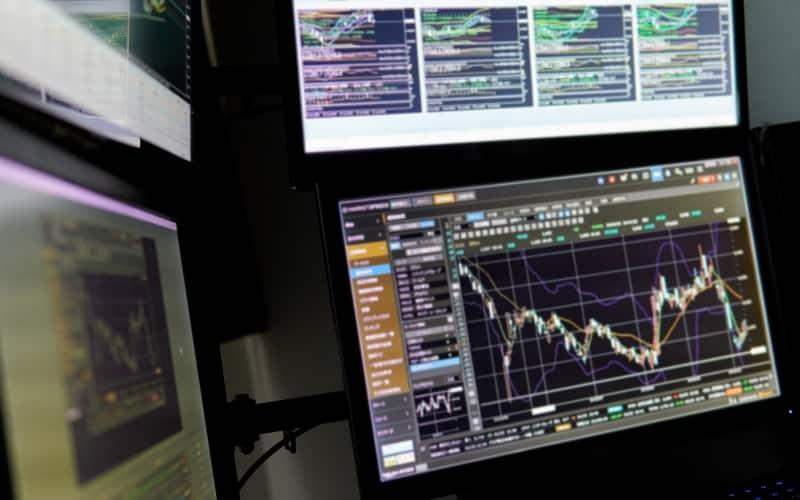 Descending Broadening Wedges and Price Follow-Ups